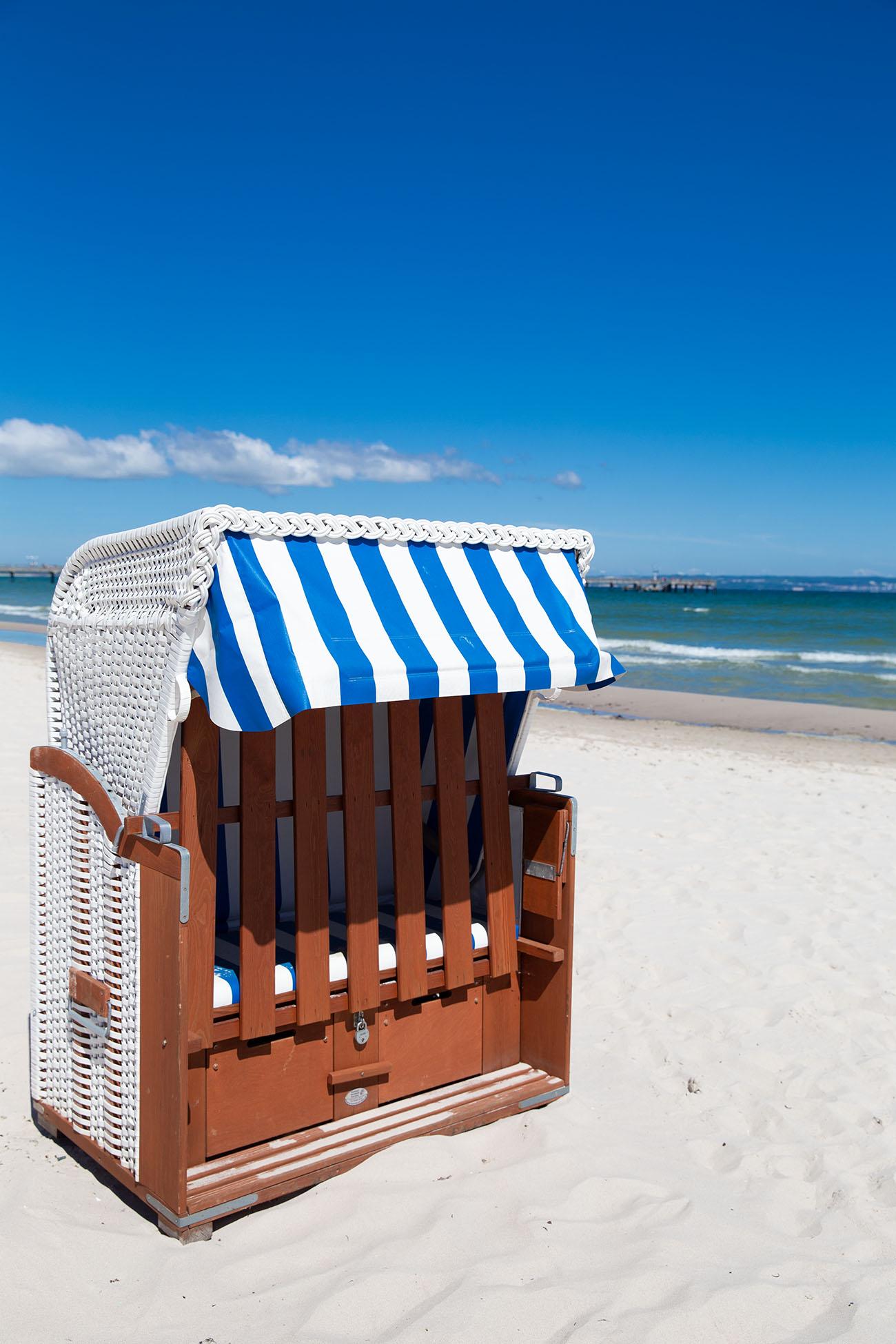 Strandkorb am Strand von Binz