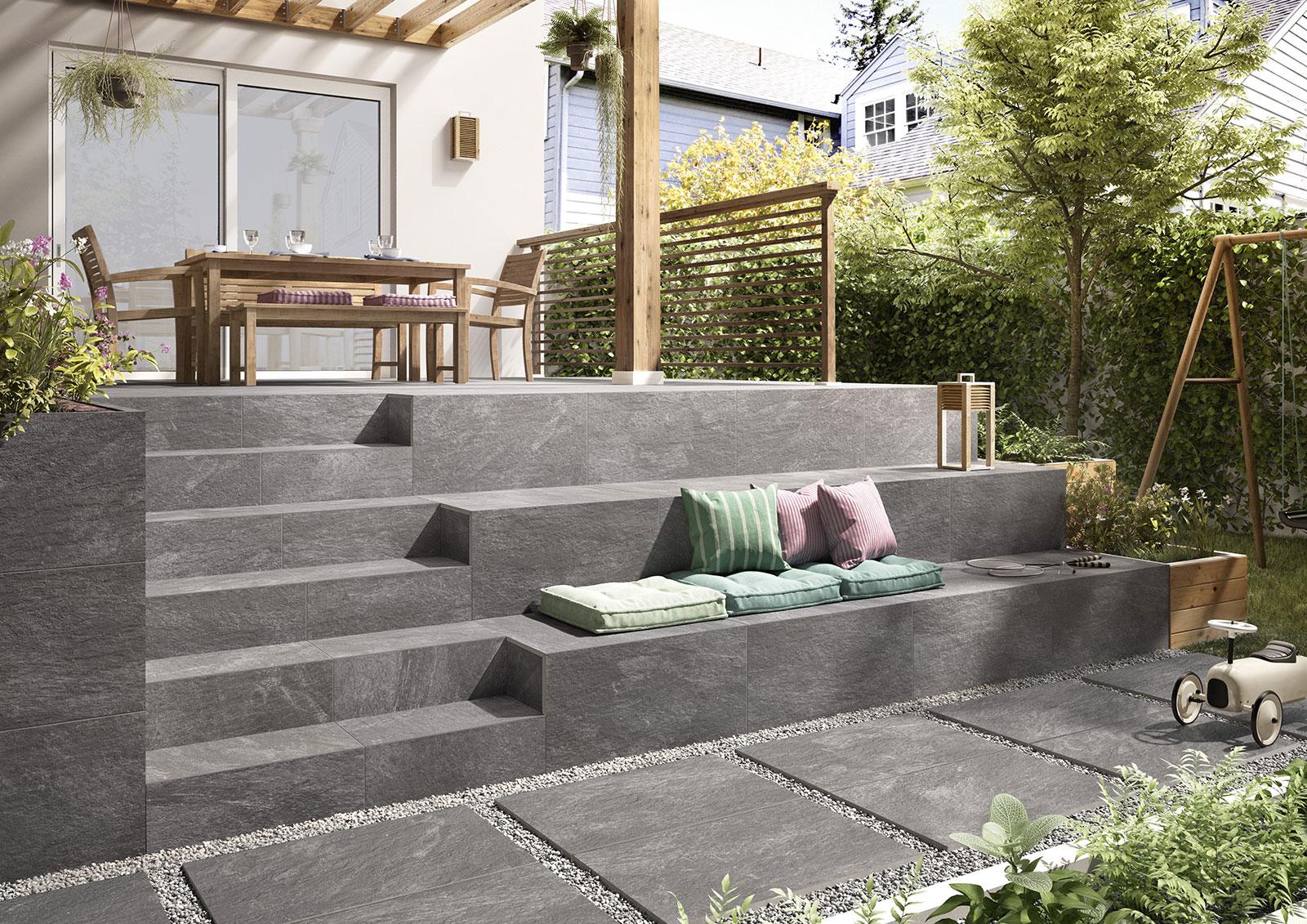 Feinsteinzeug Treppen im Garten
