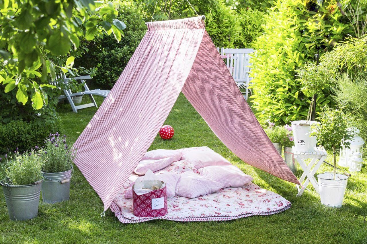 DIY Zelt im Garten