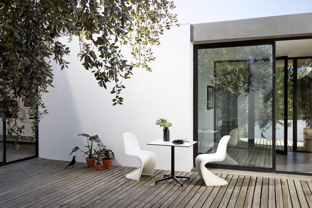 Vitra Bistro Tisch und Stühle