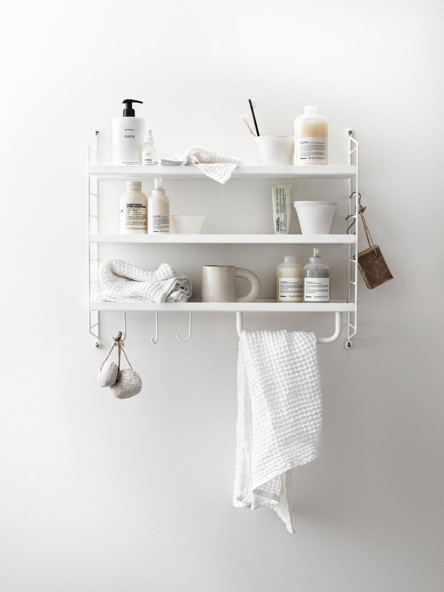 String Furniture Weiß mit Haken