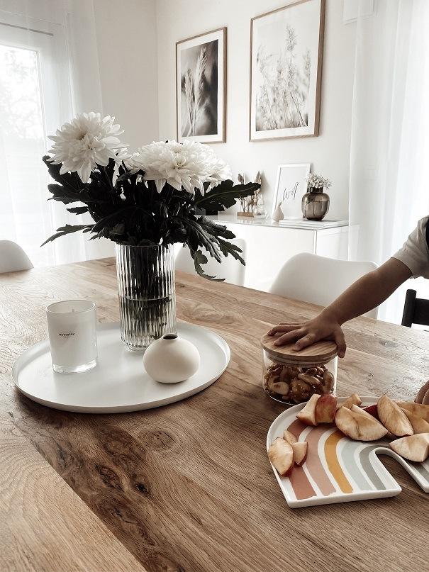 Hortensienblumenstrauß als Esstisch Deko