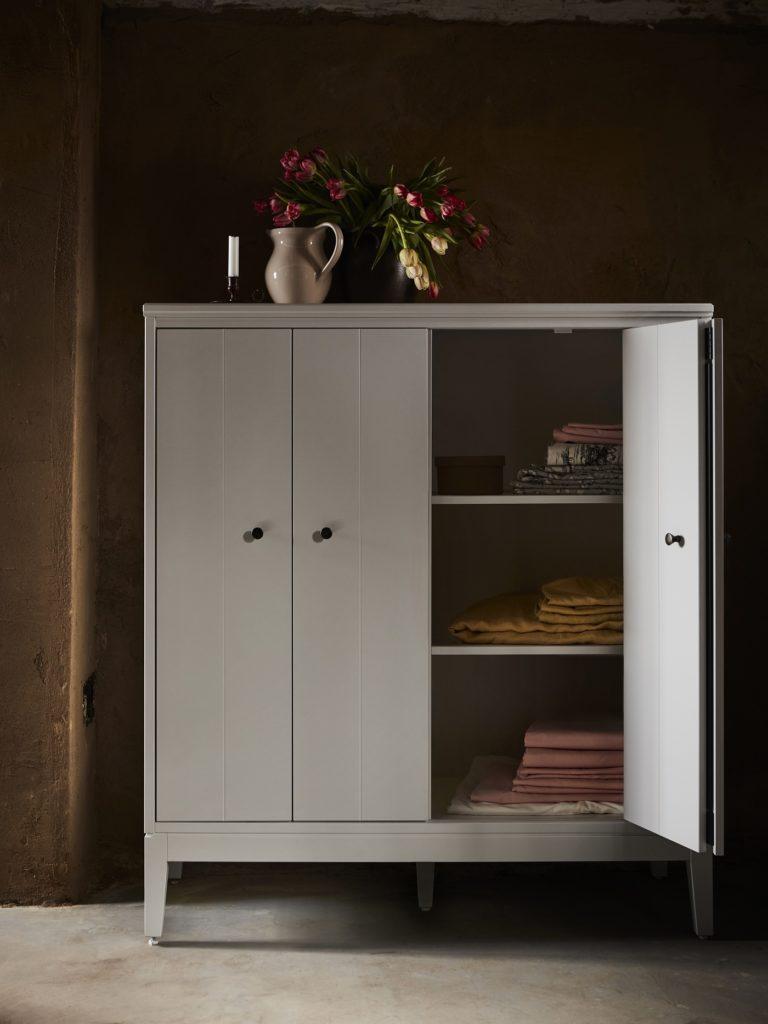 Kleiderschrank Hauga IKEA