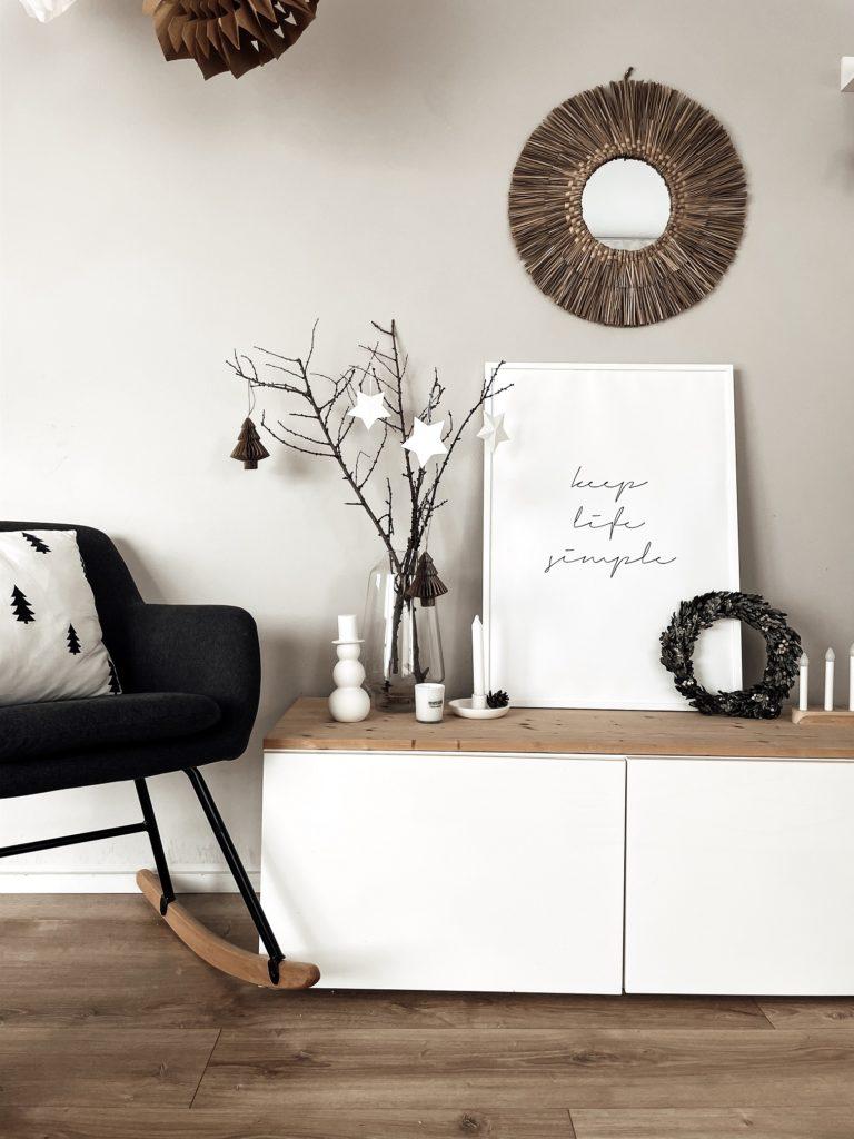 Weihnachtsdekoration IKEA Besta Regal