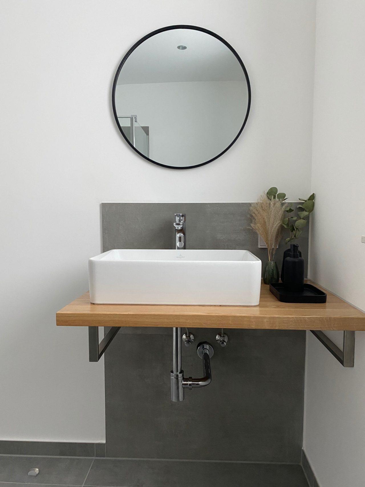 Gästebad mit Aufsatzwaschbecken