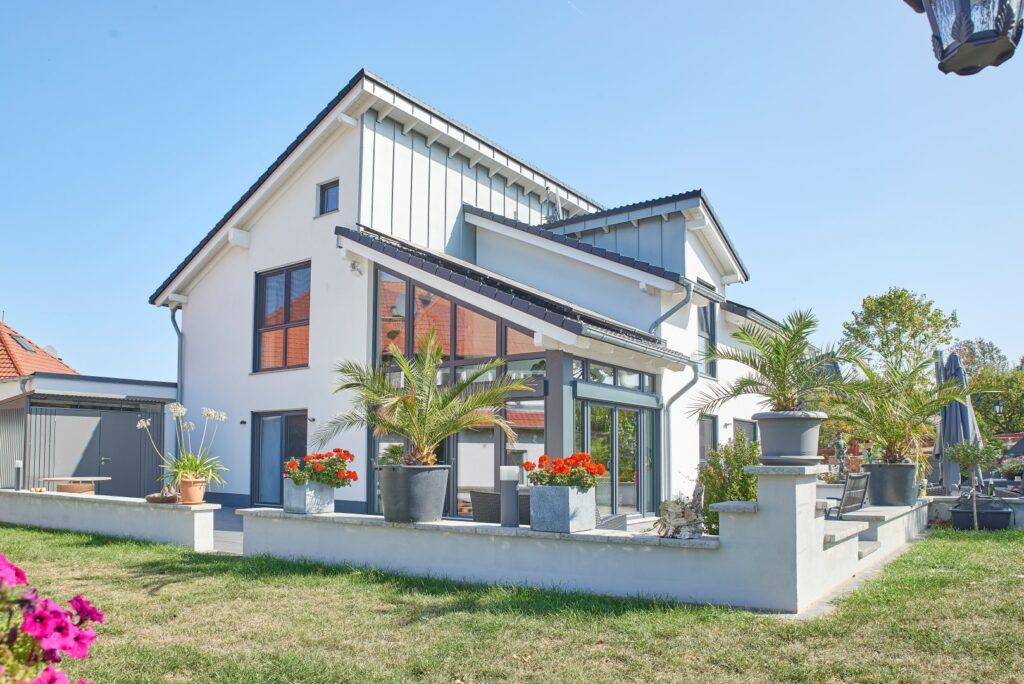 Familienhaus Akzent mit Wintergarten