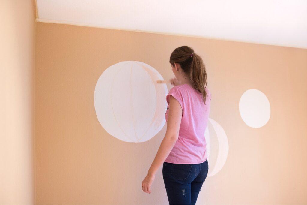 Luftballons  an Wand malen