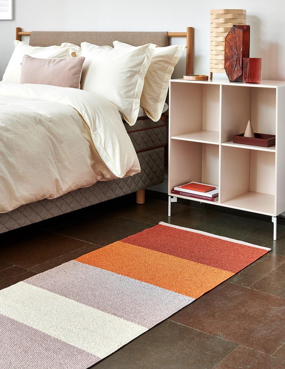 Bunter Teppich im Schlafzimmer